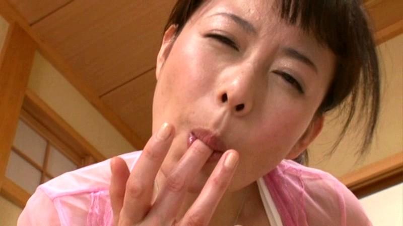 恵理子ママとのやらしい生活 三浦恵理子 の画像11