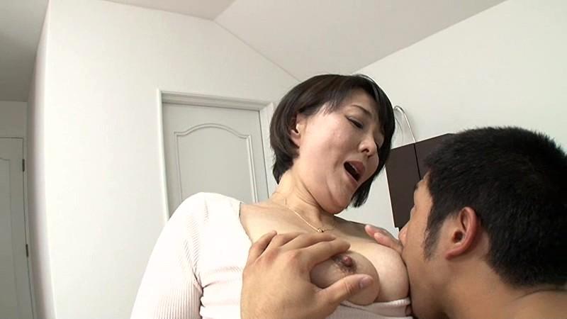 部長の奥さんがエロすぎて… 円城ひとみ の画像1