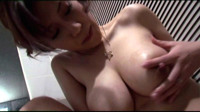 近親相姦 今時の継母は息子に何度も噴かされる 凛音涼子 の画像4
