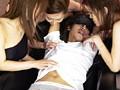 超ビンカンな乳首を責めまくって2回連続で発射させる女たち 5