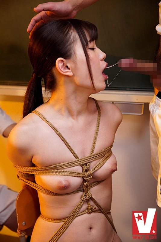 舌使いがねっとり巧い美乳マネージャー緊縛痙攣ファック 美谷朱里 の画像4