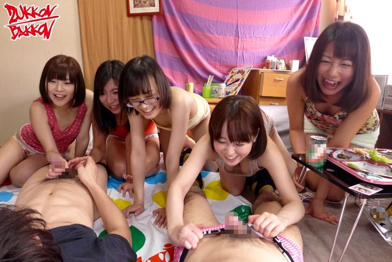 女子大の寮まるごと全員と中出し乱交~春~ の画像2