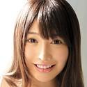 益坂美亜の顔写真