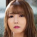友田彩也香の顔写真