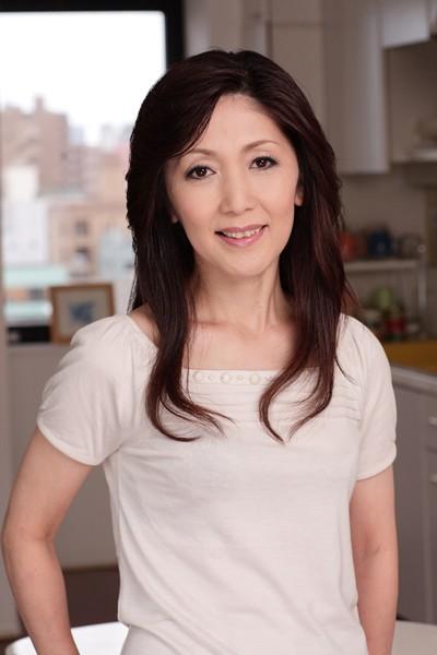 [VSED-27] 熟女の初脱ぎ 私、AV出演する事になってしまいました。 広沢美里 吉永静子 仲田洋子
