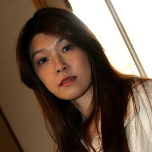 【素人動画が熱い】電マ「平山亜弥子」(Mrs.バージン) - Mrs.バージン