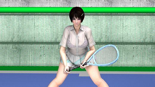 テニスの練習中に集中して構えている激ミニちゃんの顔やらナマ脚やらユサユサ揺れまくる巨乳の透けるド...のサンプル画像1