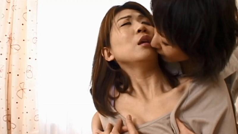 濃密なキス!レズ専用シェアハウスで繰り広げられる狂艶 画像2