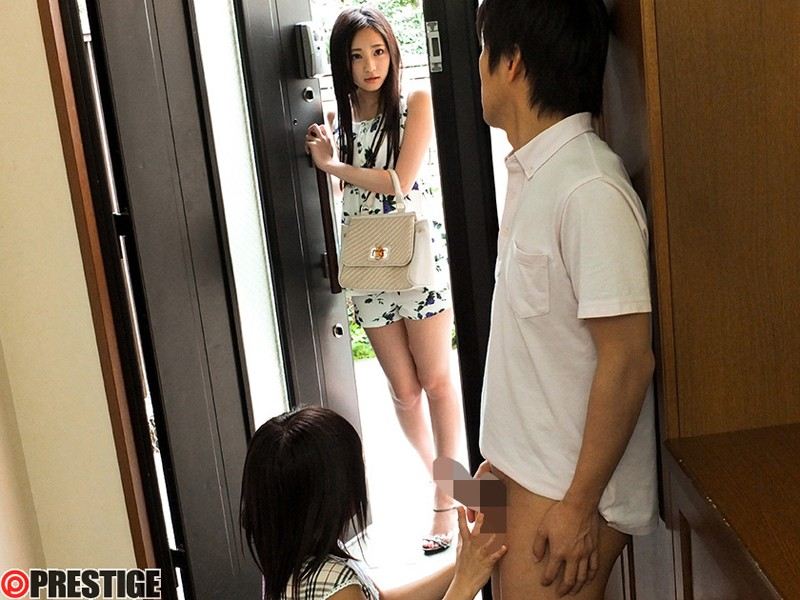 桃谷エリカ 「彼女のお姉さんは、誘惑ヤリたがり娘。」 サンプル画像 1