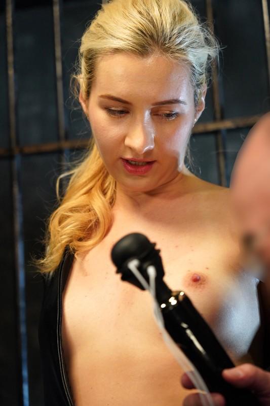 ロシアから来た女捜査官電流拷問 サーシャ 4枚目