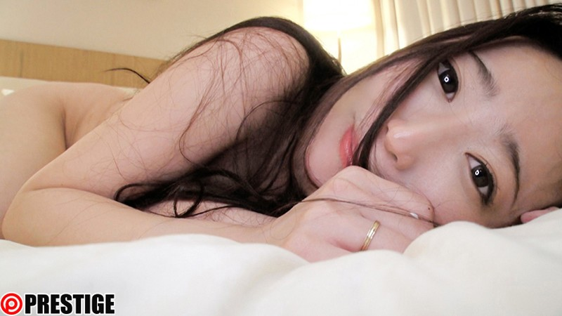 新・絶対的美少女、お貸しします。 100 松岡すず(AV女優)25歳。 15枚目