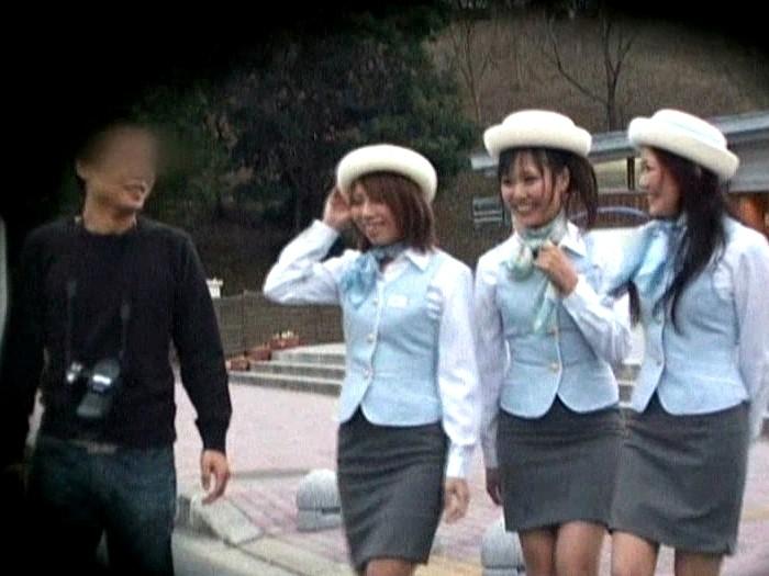 働くオンナ狩り 2 【バスガイド編】 画像1