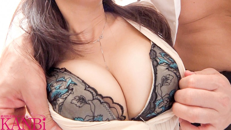 『作品名:異常な美スタイルと異常な性癖の36歳水泳インストラクター人妻 春名葵AVデビュー』のサンプル画像です