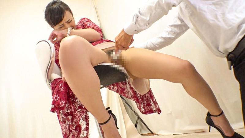 結婚式帰りの美女をナンパして中出しSEX Vol.018