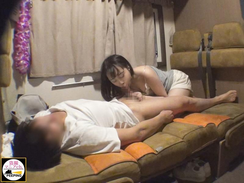 悪徳レンタカー業者による格安キャンピングカー カップル盗撮流出映像 File.1 2枚目