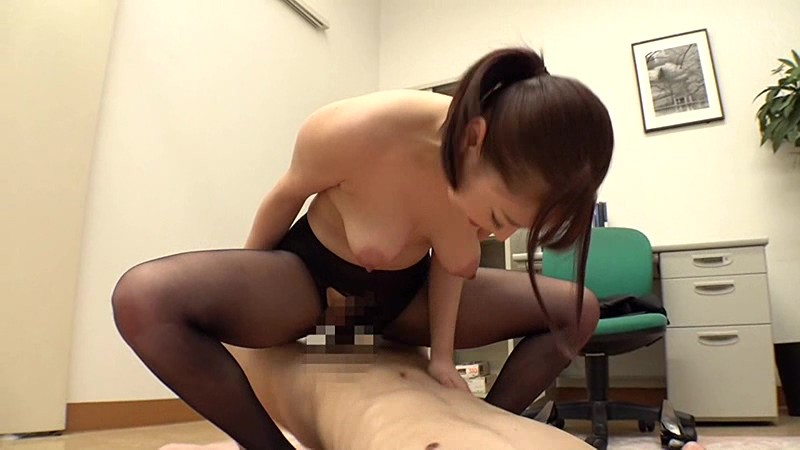 SIM-033 Studio Prestige - Innocent New Employee In Black Pantyhose Without Panties Having Intercrural Sex!? I Rub My Big Cock Against Her Pussy Directly Over Pantyhose! Then I Rip The Excited Office Lady's Pantyhose And Have Bareback, Creampie Sex With Her!! big image 4