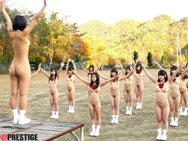 全裸女子校生 画像2