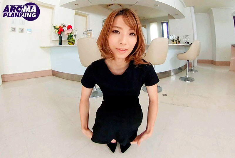 【VR】スカートうちわからのスカートもぐりのサンプル画像