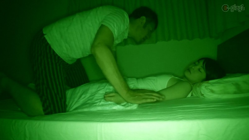 両親が寝ている間に犯●れたパイパン田舎無垢少● 深夜侵入レ●プ 無料エロ画像9