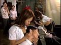 覗かれた女美容師 癒しのビューティーサロンsample17