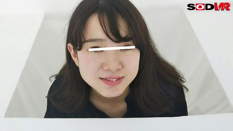 【VR】【HQ高画質VR】【素人キスVR】『カメラに向かってあなたのキス顔見せてもらってもいいですか?』勝手にキス体験 in新宿 9枚目
