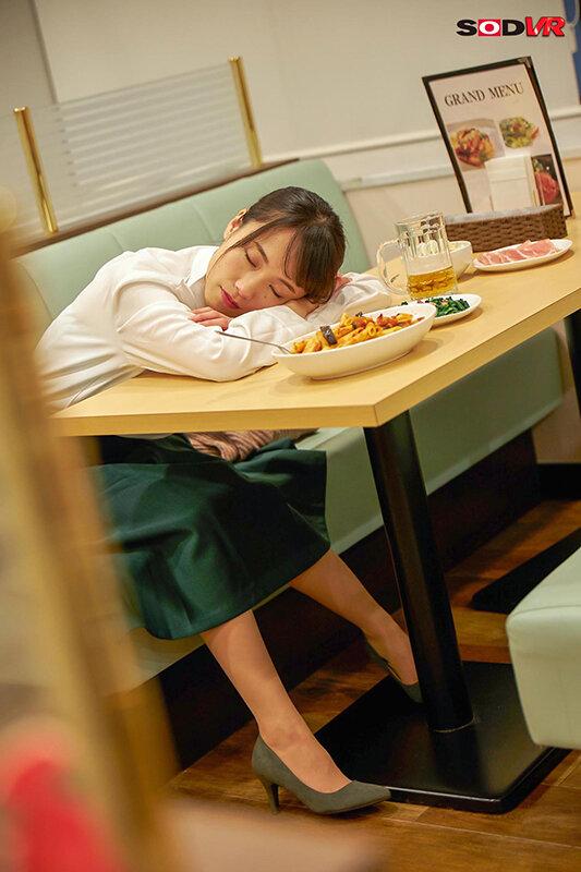 【VR】寝てる女子に顔射 カラオケ、ファミレス、車中泊…そこら辺で寝てる女子に顔射して猛ダッシュで逃げた結果www【全編ワイの本物ザーメンお顔発射www】 画像9