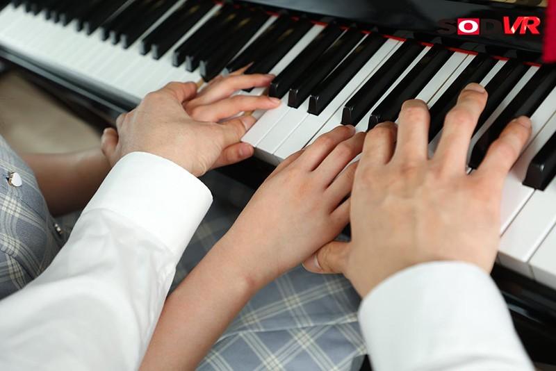 【VR】3年2組 なえちゃん 145cm ピアノレッスン中にわいせつ3