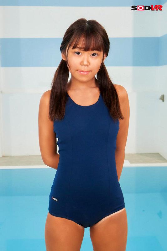 【VR】プールの後の更衣室。日焼けした女の子とわいせつ 画像12