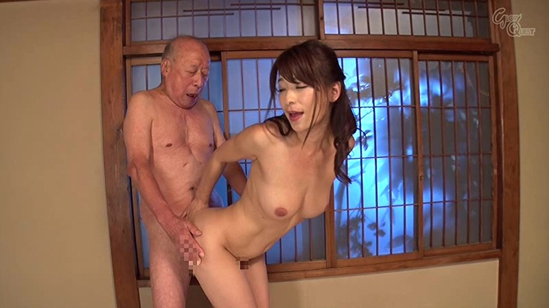 【エロ動画】巨乳で美乳の奥様人妻、かすみ果穂の中出しフェラ近親相姦プレイエロ動画。