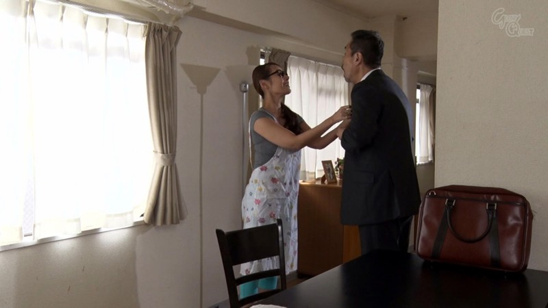 GVG-875 Studio GLORY QUEST - A Plain Jane Wife In Glasses Who Gets Anal Fucked By My Neighbor Mio Morishita - big image 1
