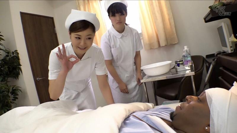 入院中の黒人のデカマラに疼いてしまった看護師の私… 葵百合香 の画像20
