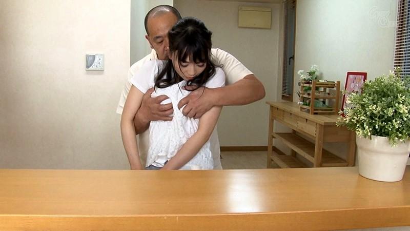 家庭内の至る場所で義兄にアナルを仕込まれる母乳嫁 羽田希