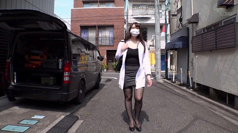 マンズリ大好き巨乳淫語女医 夕季ちとせ 画像1