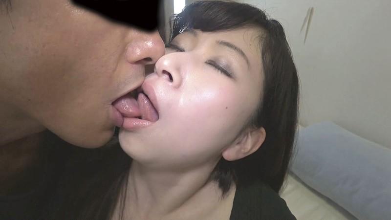 素人妻・口説き面接【二】 2枚目