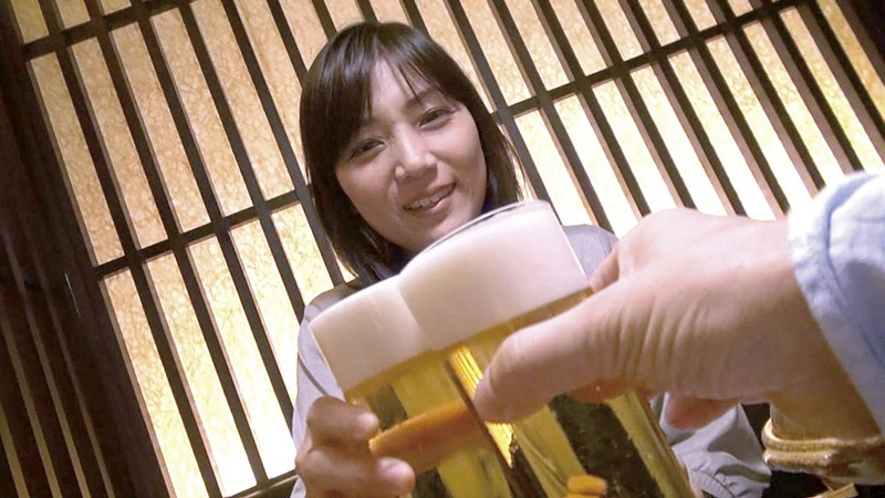 AV監督×素人妻 合コン2018・秋の陣 番外編 人妻漫遊記 1枚目