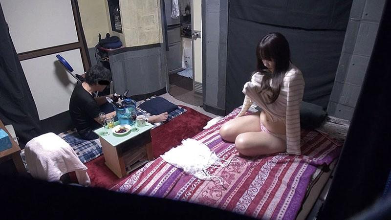自分の部屋に泊まることになった妻の女友達「人妻小百合さん(仮名)36歳」に当然のように手を出してしまうワタシ04サンプルF13