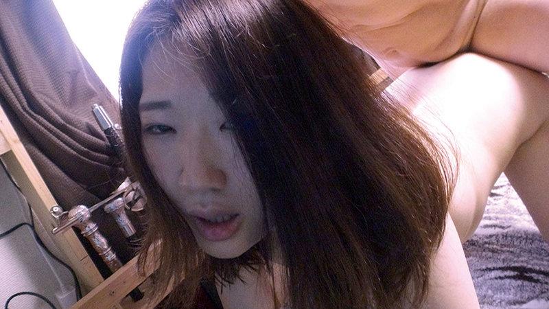 自分の部屋にとまることになった妻の女友達 「人妻有紀子さん(仮名)二十六歳」に当然のように手を出してしまうワタシ 画像20