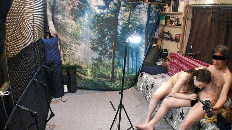 自分の部屋にとまることになった妻の女友達 「人妻有紀子さん(仮名)二十六歳」に当然のように手を出してしまうワタシ 画像7