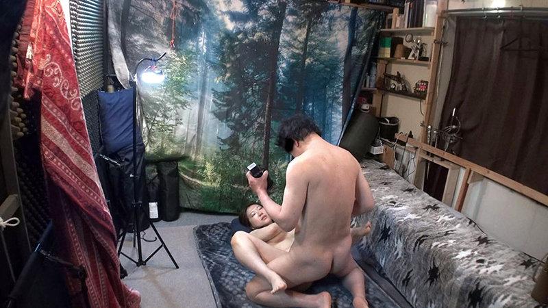 自分の部屋にとまることになった妻の女友達 「人妻有紀子さん(仮名)二十六歳」に当然のように手を出してしまうワタシ 画像9