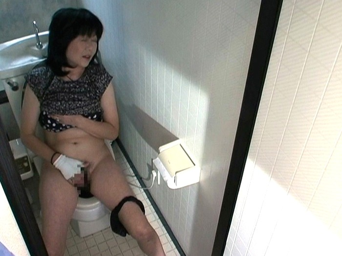 Electric toothbrush masturbation video