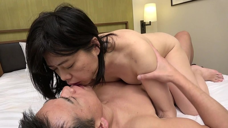 "RD-1006 Studio Atena Eizou - He Was On A Business Trip With His Lady Boss When Hotel Screwed Up Their Reservation And Placed Them In The Same Room, And She Spent The Whole Night Lecturing His Orgasmic Ass, ""There's Lots of Y********ls In The Office, Don't Teas"