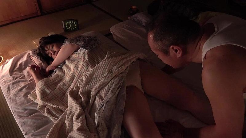 昭和猥褻官能ドラマ 嫁の母親と交尾して性欲を満たす絶倫婿 同級生夫婦の家に泊まった元教師は夜●いを仕掛ける 画像12