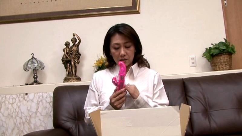 母子相姦 五十路母が息子を誘うとき 近藤郁美 画像4