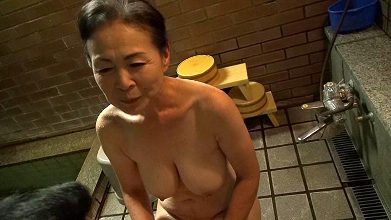 熟年フルムーン 高齢夫婦駒寄の旅 坪井冨美|無料エロ画像10