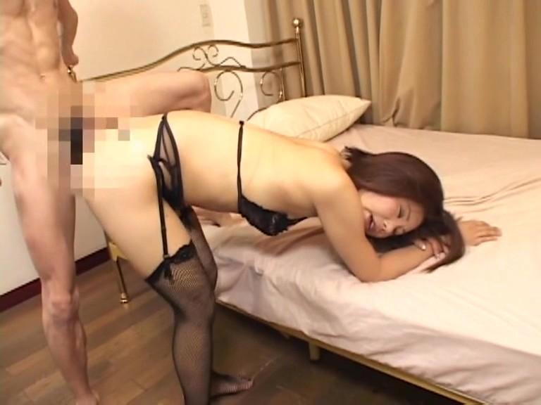 腰振りプリマダム 藤木未央・由美 画像13