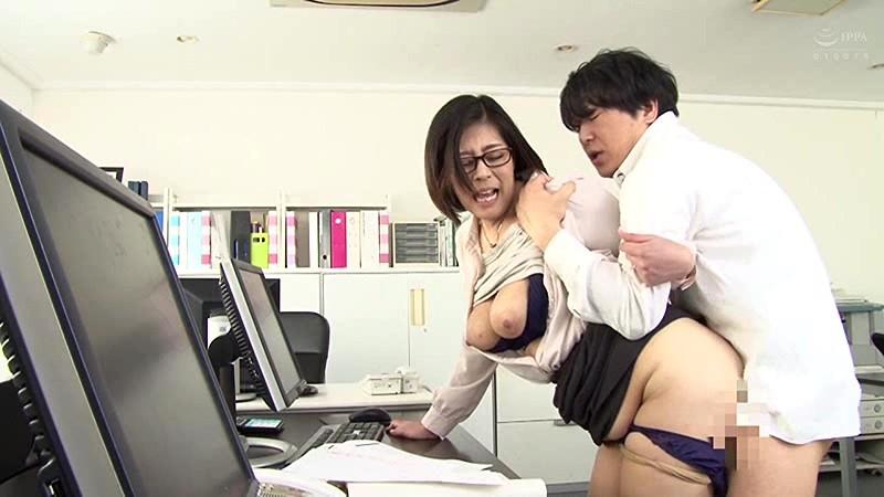 憧れの女上司と 日向万里子 キャプチャー画像 11枚目