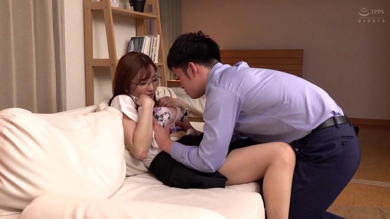 憧れの女上司と 鈴木真夕 4枚目