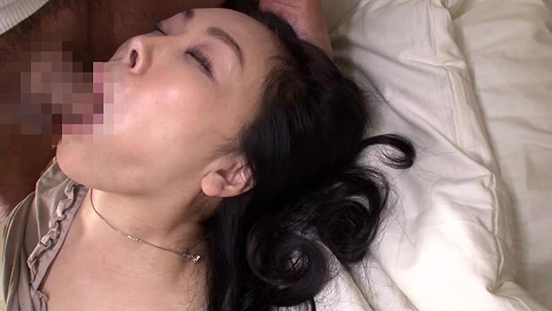義父に濡れる嫁 大畑ひろこ キャプチャー画像 4枚目