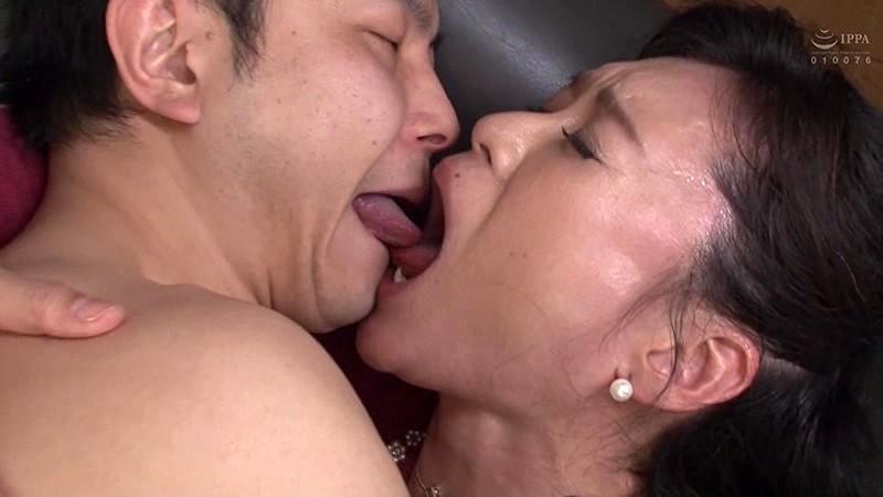 再婚相手より前の年増な女房がやっぱいいや… 星野友里江 キャプチャー画像 18枚目