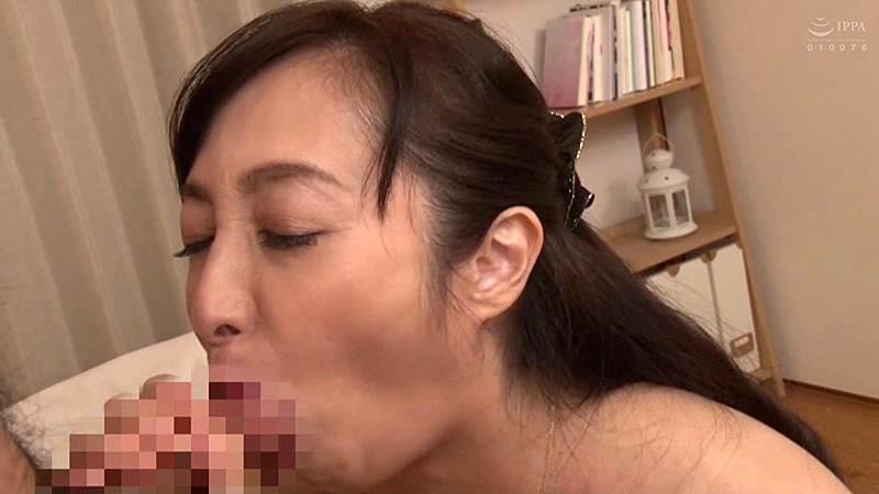 再婚相手より前の年増な女房がやっぱいいや… 音羽文子 キャプチャー画像 4枚目
